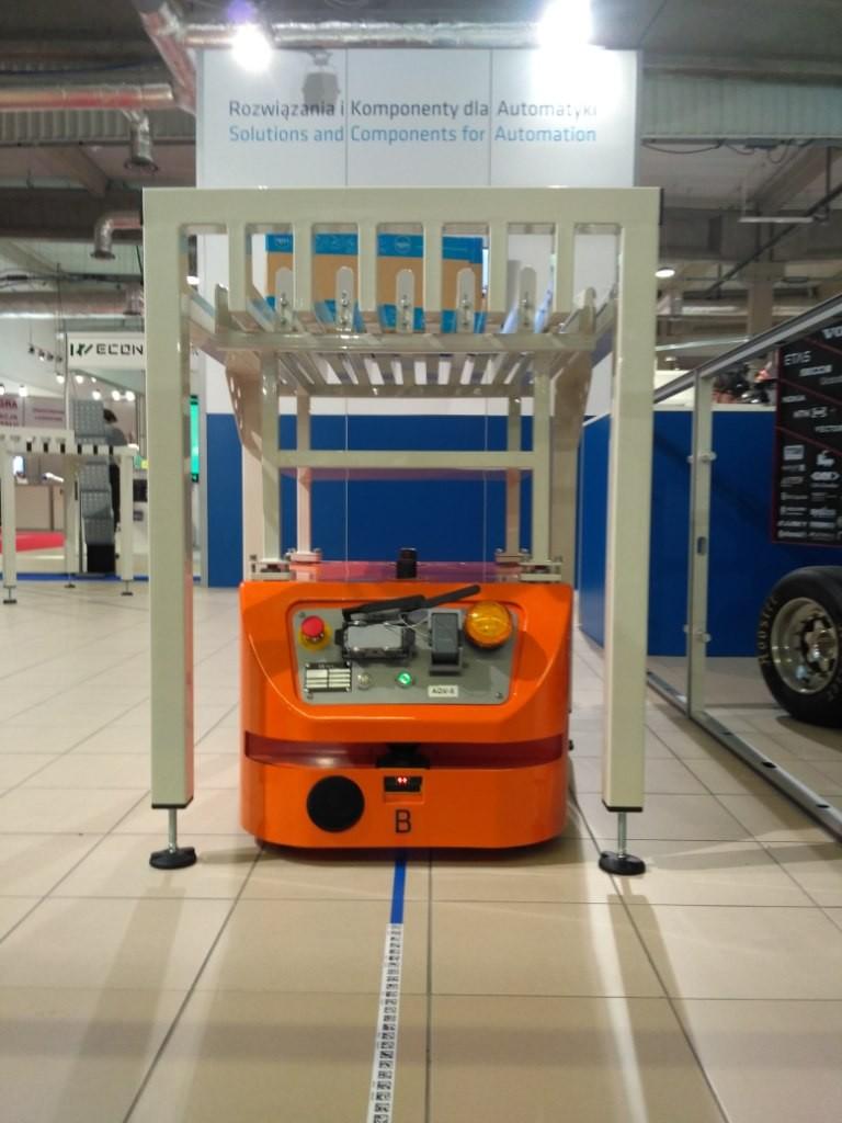 Mobile robot MOBOT AGV CubeRunner at WIW 2018